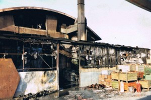 officina in fiamme